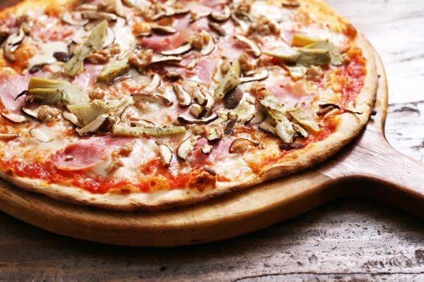 Pizza capriciosa la v ritable recette chez vous la - Veritable pate a pizza ...