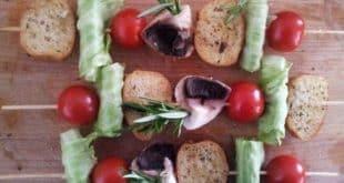 Brochettes de tomates au fromage