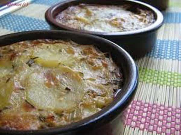 Gratinée au roquefort (soupe aux oignons)