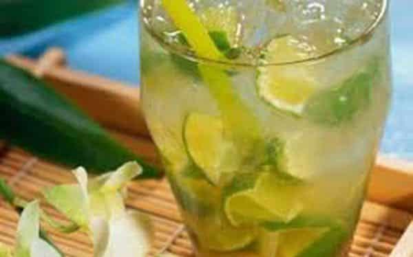 Punch aux zestes de citrons verts
