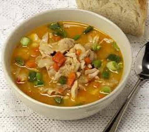 Soupe chinoise au poulet: Comment la réussir avec brio?