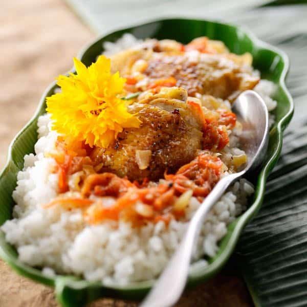 Yassa au poulet, délice de la Casamance