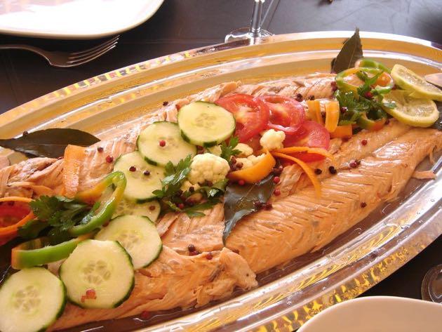 saumon entier au four