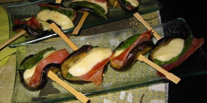 brochettes au jambon et aux aubergines