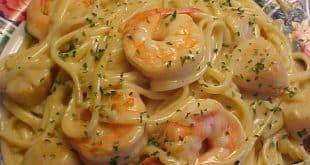 Salade de pâtes aux crevettes en ratatouille